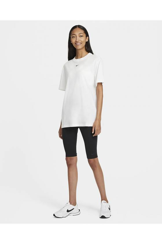 Nike Sportswear Essent...
