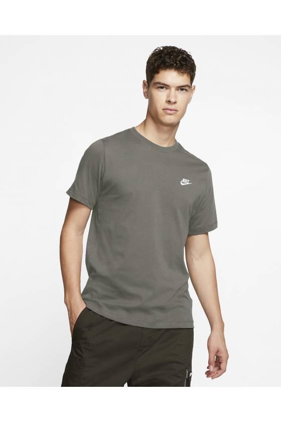 Camiseta Nike Sportswear Club LIGHT ARMY - masdeporte