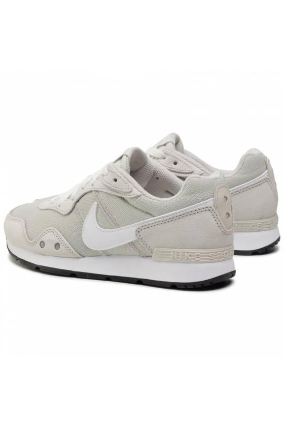 Zapatillas Nike de mujer...