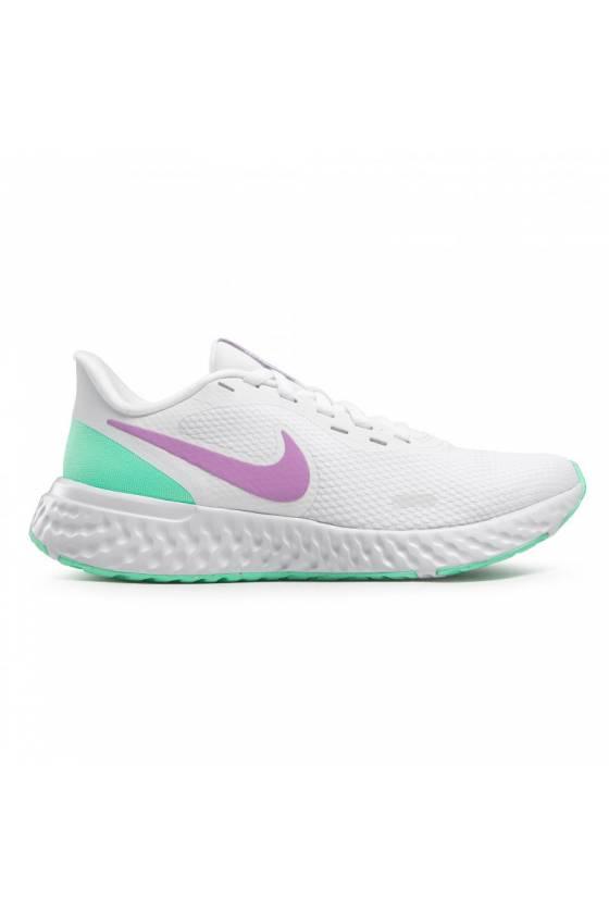 Nike Revolution 5...